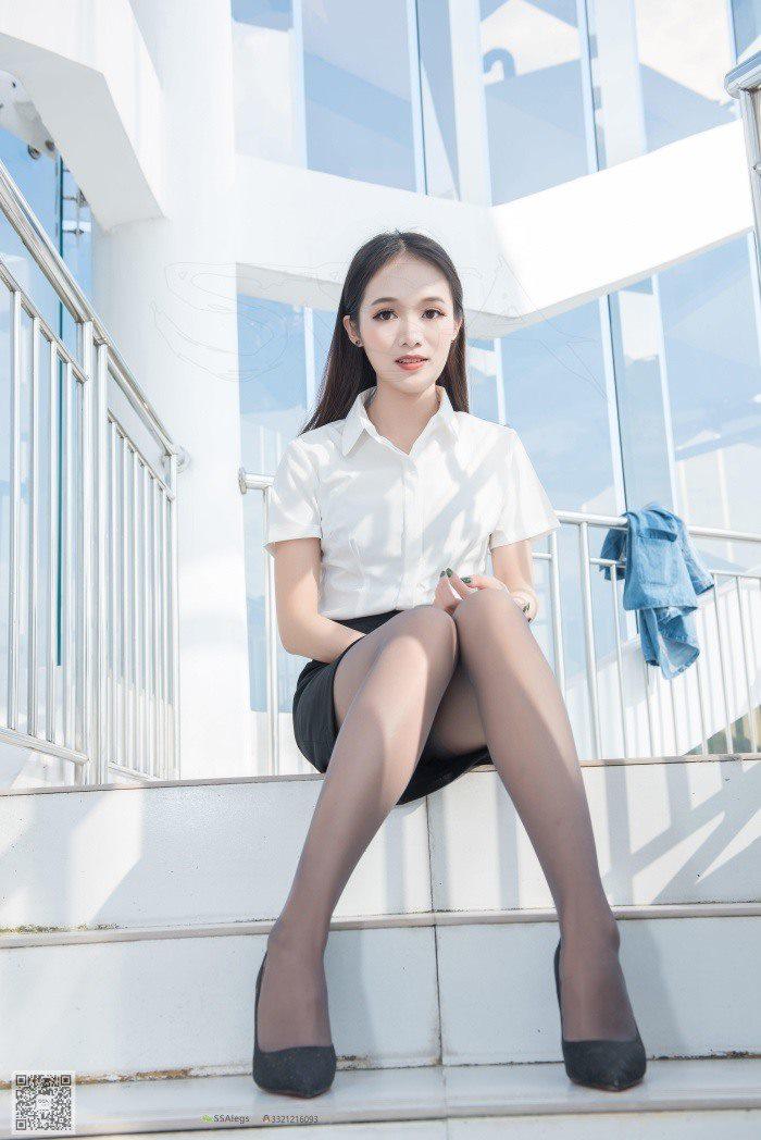 [SSA丝社]超清写真 NO.041 兰兰 灰丝女秘书带你看项目[99P/1.04G]